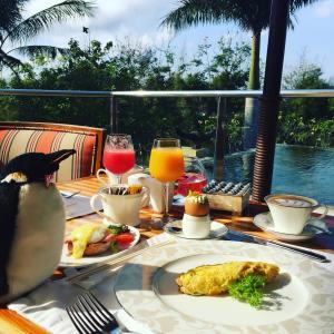 バリ島のセントレジス・バリは大人で落ち着いた雰囲気の隠れ家リゾートホテル♬人気の朝食ブッフェやスパ、ヨガ体験も(前編)♬