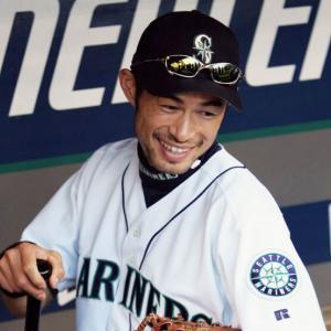 イチロー選手、草野球を始める。