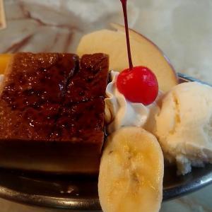 北海道 小樽市 喫茶 コロンビア / 昭和23年から営業の店でスイーツを