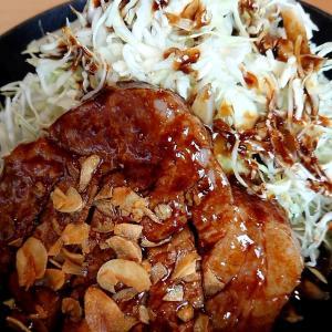札幌市 サッポロトンテキ / 豚肉ステーキ+ウスターソース