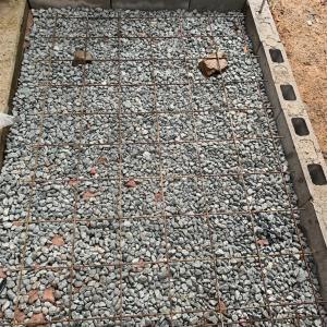 作業部屋作り コンクリート土間打設
