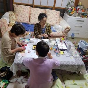 還暦過ぎた大人が楽しめる折り紙教室<バラ折り体験講座>