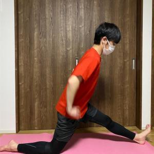 股関節痛の対策!柔軟な股関節を手に入れるストレッチで股関節を守りましょう!