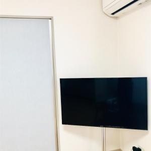 壁寄せテレビスタンドで楽になったリビング掃除
