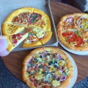 【ミニチュアフード・ピザの作り方】チーズはボンドで?モデナペーストで?