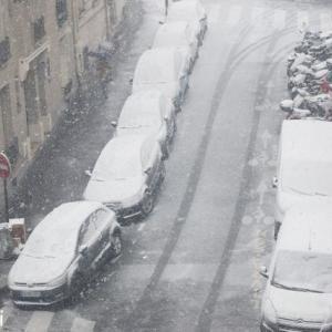 2021年1月のパリで雪!子供は元気、大人もちょっぴりテンション上がり♪