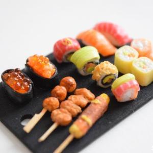 「米粒に注目~♪」ミニチュア海外風寿司を販売用に作り直しました!