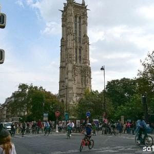 【今日のパリ】シテ島界隈。人、自転車、観光客…。パリ中の人が外に出た日!?