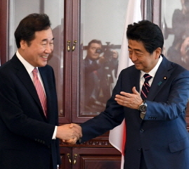 [韓国の反応]「即位礼正殿の儀」に文大統領出席せず 李首相が訪日か「文在寅が始めた闘争なんだから、文在寅を派遣して収めさせろ」
