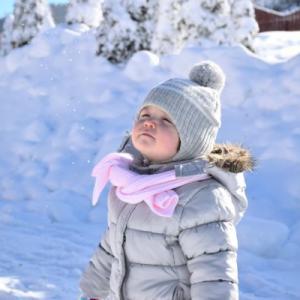 【0歳の赤ちゃんの防寒】外出する時の寒さ対策5選!