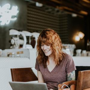 カフェでブログを書くメリット|ブロガー歴2年の僕が本当に捗るのか説明します