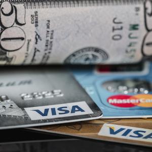 総額1億円以上の海外旅行保険に無料で加入する方法