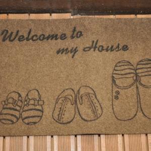 室内を汚さない為の玄関マットの選び方と使用例