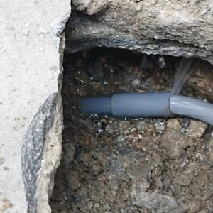 配管破裂?
