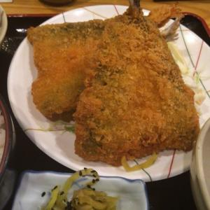 まどもあぜる@堺筋本町 メニューが豊富でボリュームのあるアジフライ定食ランチ