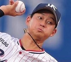 7/24 対巨人 神宮初めての有観客 ルーキー吉田、投打に活躍するも、勝ちならず。中継ぎ投手戦で引き分ける