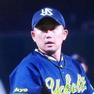 石川快投で2勝目。九州里帰りにあいさつ代わりの1発の村上の1点を守り抜き、王者ソフトバンクにホームを踏ませず
