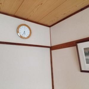 壁掛け時計の配置替え