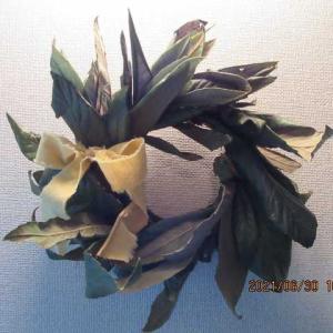 ビワの葉リース