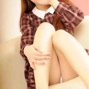 坂道グループにいそうなルックス!!おっとり可愛い清楚系GIRL♪『りこちゃん』の絶対領域とパンチラの悶絶必至(*'ω'*)