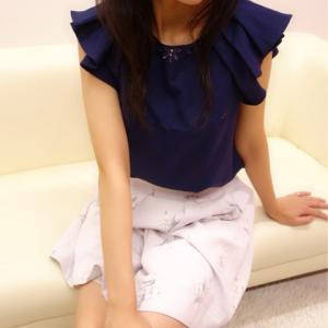スレンダーBODYに色気たっぷりキレカワ美人お姉さん『とわちゃん』のご紹介♪彼女のスレンダーボディーをご覧ください!!