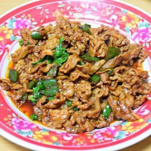 羊肉のカレー&バジル炒め