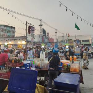 タイののどかなパクチョン☆セーブワン市場