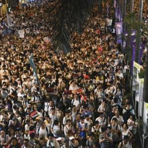【情報操作】中国が香港デモ巡り情報操作か、ツイッターとFBが批判 偽のアカウントを停止