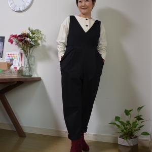 50代コーデ:サロンのお洋服から…骨格タイプウェーブに似合わせるコツは?