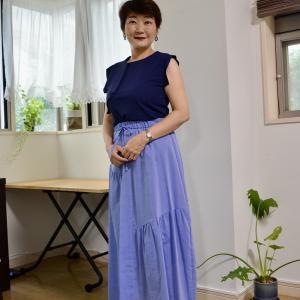 【50代コーデ】変形ギャザーのスカート、生地いっぱいのスカートなどなど。サロンでご購入可能な商品