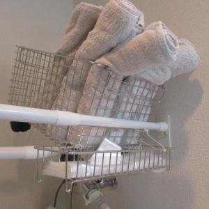【無印で宙活】ビニール手袋の浮かし。ずっと採用したい収納方法。スカスカした四角いものを自由に組み合わせていくだけ。