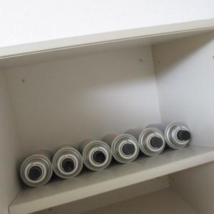 【吊戸棚の収納】同じものを並べる。少し多めの我が家の必需品。
