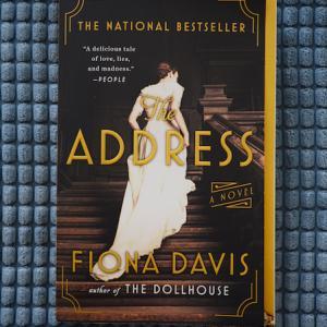 ジョン・レノンも暮らしたNYの高級アパートメントで起こった悲劇 The Address (Fiona Davis)