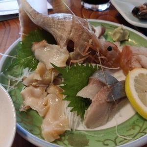 小樽と言えば青塚食堂 焼き魚もウニも何でも美味しい海辺の食堂