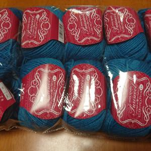 ボランティアセーターを編みます