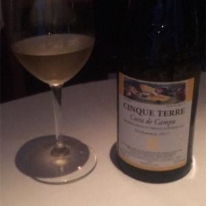イタリアの世界遺産の畑で作られる白ワイン!!『チンクエ テッレ コスタ デ カンプ』