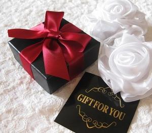勤労感謝の日は誰にプレゼントあげる?感謝の気持ちを込めて贈るおすすめプレゼント10選