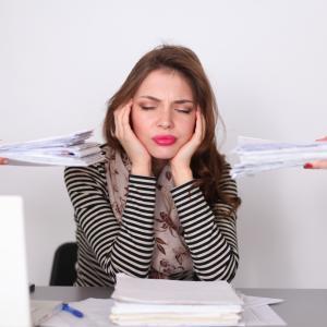 仕事辞めるべきか診断するポイント!仕事が限界・辞め時のサインとは