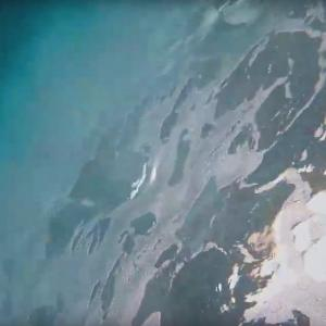 海をなめるな!ぺろぺろ丸、白波で転覆(ブローチング現象)