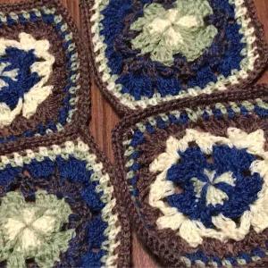 幾何学模様のかぎ針編みモチーフ編んだよー その5
