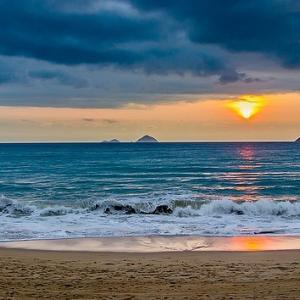 ベトナムのニャチャンに行くならビーチフロントのホテルに泊まろう!!
