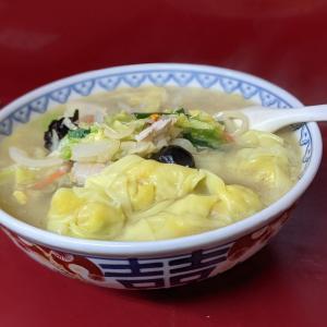 新宿ランチ【龍門(りゅうもん)】至福の塩味スープ!塩味海鮮チャンポンを堪能!