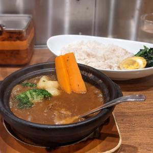 【ホットスプーン】熱々土鍋の張濃厚牛すじ煮込みカレーをいただいてきました!