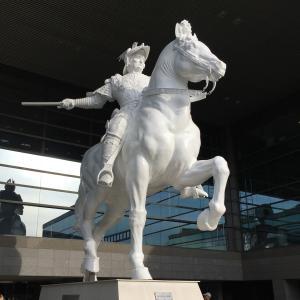 幻のスフォルツァ騎馬像〜さわやかウォーキング山王駅①〜