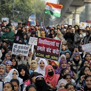 インド市民憲法改正案に対する抗議デモ - メディアの偏向報道に騙されるな