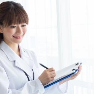 化粧品会社の研究員になる方法