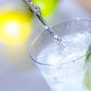 市販で売られている炭酸水の効能は?疲労回復や便秘にも効果あり?