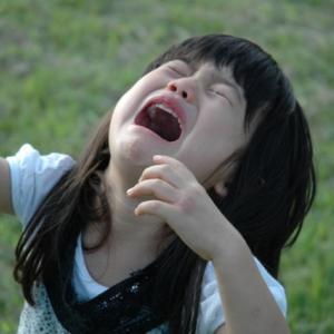 子育て中のイライラはどうしたらいい?つい怒鳴る自分を責めてしまう