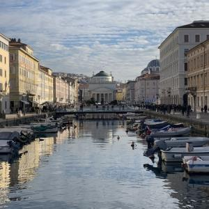 【トリエステ】4日目-1 イタリアの東のはずれ。スロベニアと隣接の街でランチ。