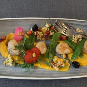 【バルト三国】2日目-3 ラトビア首都リガ・Wellton Hotel&ディナーはキュートな鶏のお店